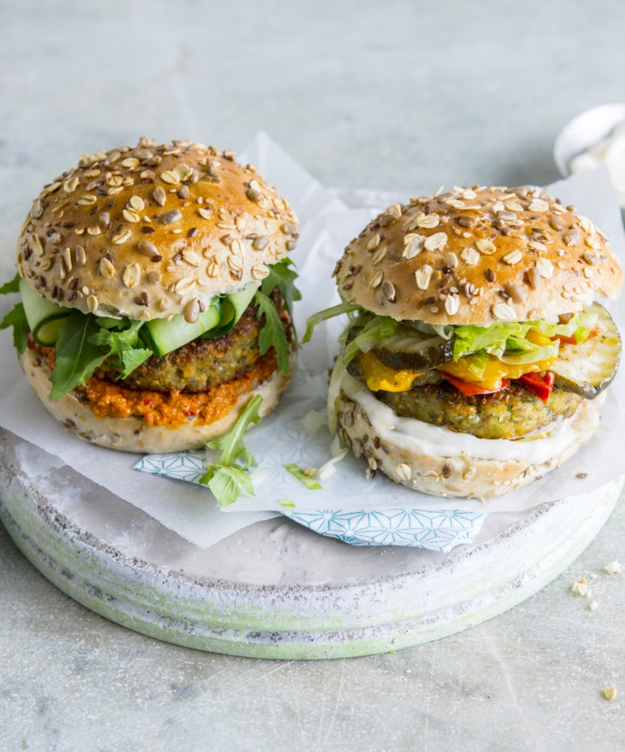 veggie burger | groentenburger vegetarisch | ook leuk presenteer het als mini burgers in duo | Cook & Create
